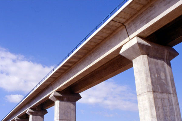 Viaducts over Jarama river for Madrid–Barcelona high-speed rail line (Spain)