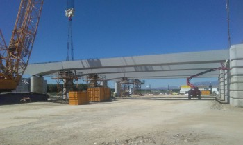 Assembly of Statically indeterminate structure completed in section Albolote-Santa Fé